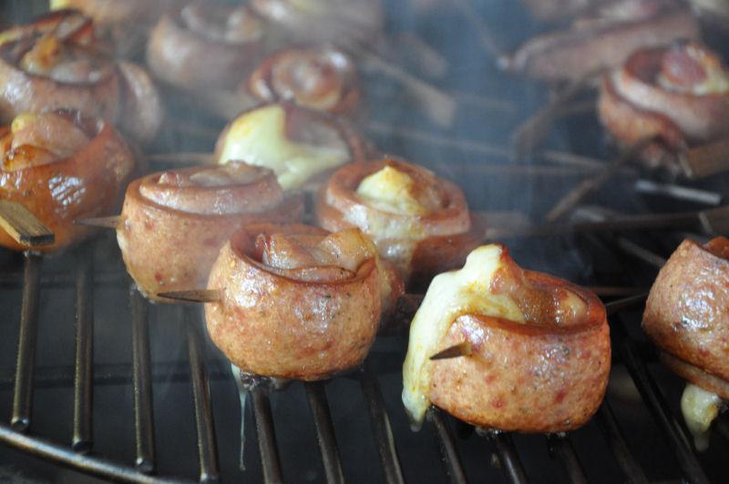 Wurstlollies MeMyself's Aussenküche-Bild06-Ein Tag in MeMyself's BBQ Pit mit 12 Gästen und reichlich Grillgut