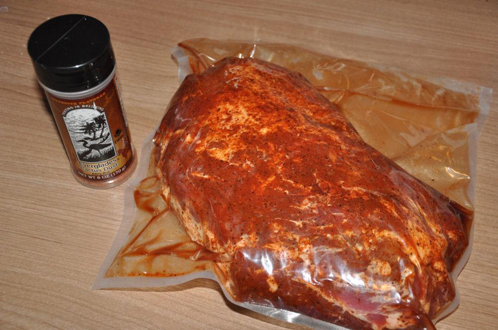 Vakuumierter Duroc-Nacken duroc pulled pork-DurocGrillDome06-Iberisches Duroc Pulled Pork aus dem Grill Dome Keramikgrill