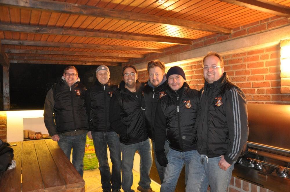 Das Team der BBQ Wiesel Niederrhein Radio KW-Wintergrillen01-Wintergrillen bei den BBQ Wieseln Niederrhein mit Radio KW