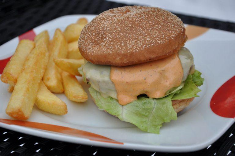 Chipotle Sauce für Burger und Sandwiches