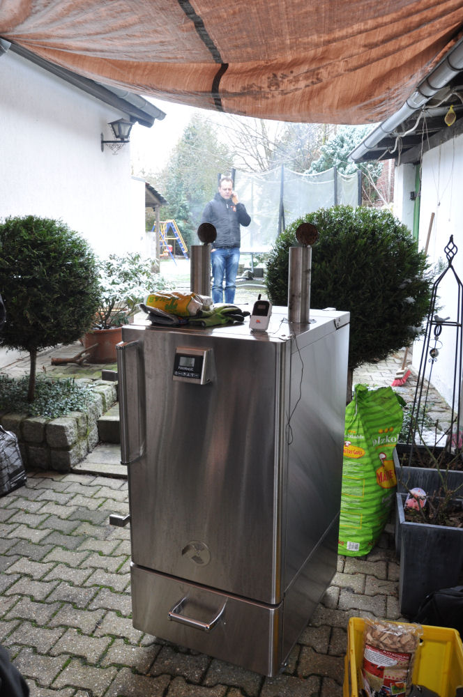 Der Fire Magic Smoker beim Grilltreffen Fire Magic Smoker-Peppy01-Die BBQ Wiesel mit dem Fire Magic Smoker on tour