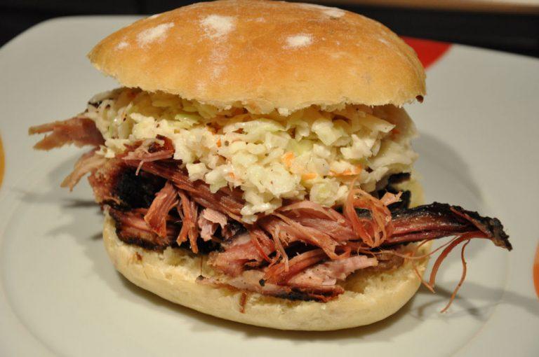 Pulled Pork aus der Schulter vom Bunten Bentheimer Schwein
