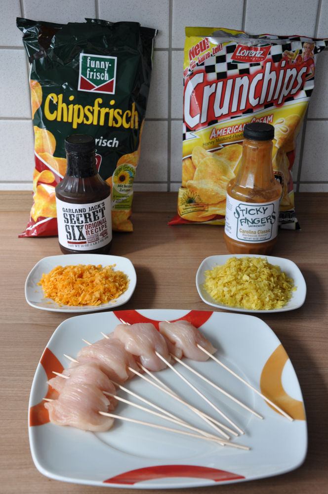 Hähnchenspieße Crunchy Chicken Sticks-ChickenSticks01-Crunchy Chicken Sticks – Hühnchenspieße mit Chipspanade