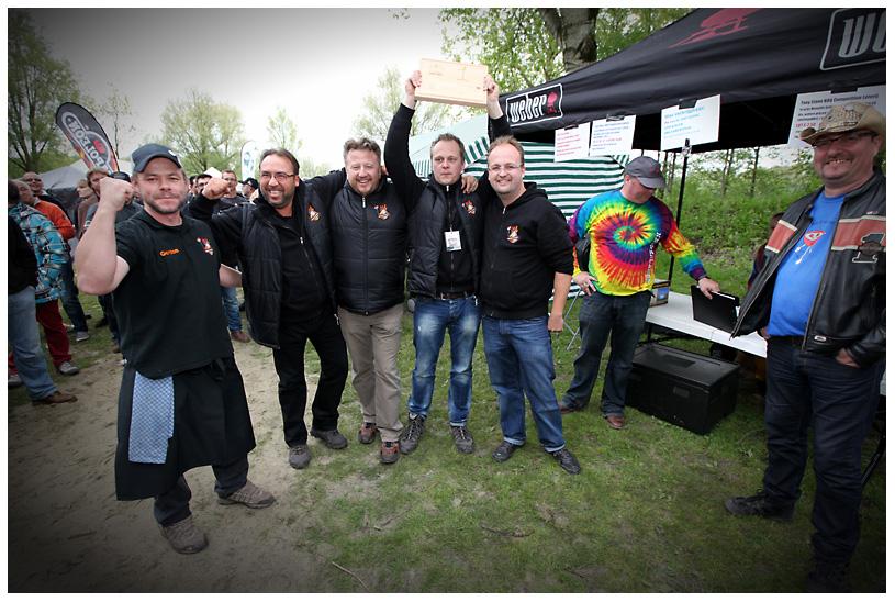 tonystone_samstag_183 tony stone-tonystone samstag 183-1.Platz bei der Tony Stone Low & Slow BBQ Competition für Burger und Steak auf Grill Grates