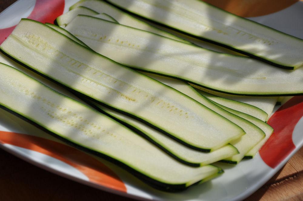 Griechische Lollies griechische lollies-GriechischeLollies01-Griechische Lollies mit Feta-Füllung und Tzatziki