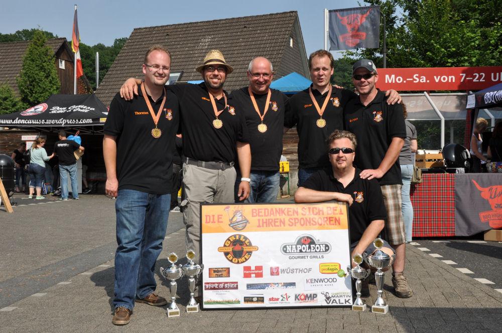 4 Pokale für die Wiesel Bergisch BBQ-BergischBBQ12-Erfolgreiche Teilnahme bei Bergisch BBQ 2013: 4 Pokale für die BBQ Wiesel