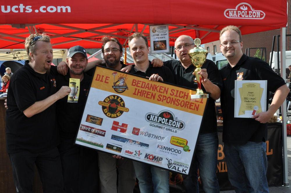 BBQ Wiesel Niederrhein gewinnen Nettetaler Grillmeisterschadft 2013 Nettetaler Grillmeisterschaft-NettetalerGrillmeisterschaft17-Die BBQ Wiesel Niederrhein gewinnen die 2.Nettetaler Grillmeisterschaft