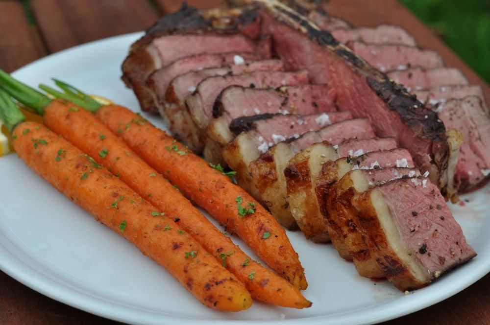 Gegrillte Möhren mit T-Bone Steak gegrillte möhren-GegrillteMoehren04-Gegrillte Möhren mit karamellisierter Orangenmarinade