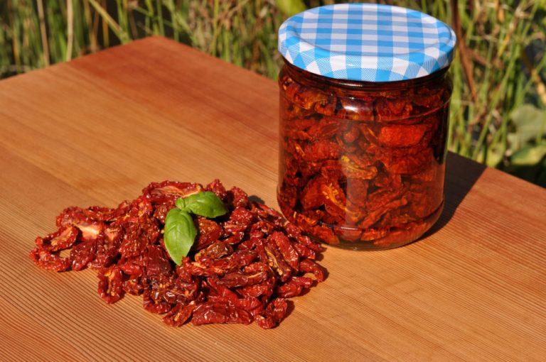 Getrocknete Kirschtomaten / eingelegte Tomaten