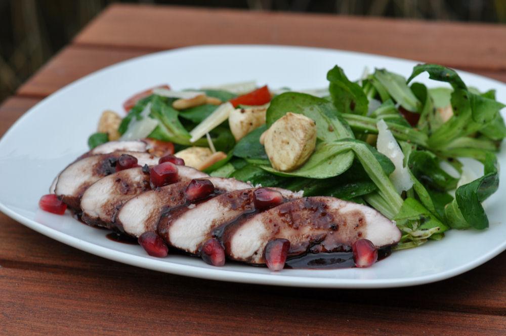 Rotwein-Granatapfel-Hühnerbrustfilet Grillen auf der Salzplanke-GranatapfelRotweinHuhn04-Grillen auf der Salzplanke: Granatapfel-Rotwein Hühnerbrustfilet