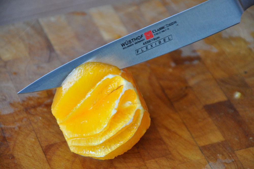 Orange filettieren Jakobsmuscheln-OrangeFilettieren-Jakobsmuscheln von der Salzplanke mit Orangen-Feldsalat