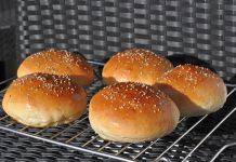Perfekte Buns bbqpit.de das grill- und bbq-magazin - grillblog & grillrezepte-PerfekteHamburgerbroetchenBuns 218x150-BBQPit.de das Grill- und BBQ-Magazin – Grillblog & Grillrezepte –