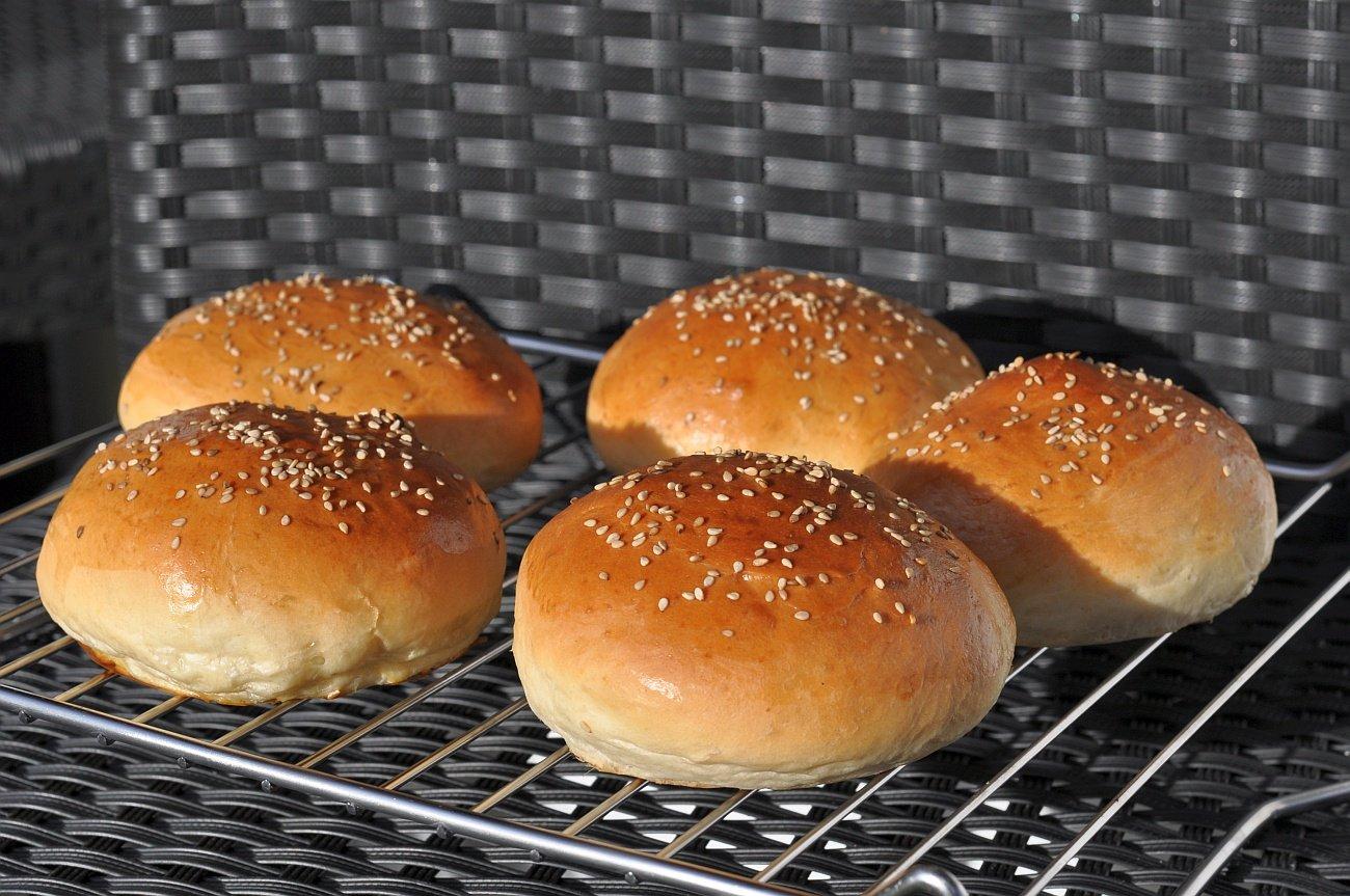 Perfekte Buns hamburgerbrötchen-PerfekteHamburgerbroetchenBuns-Hamburgerbrötchen – die perfekten Brioche Burger Buns
