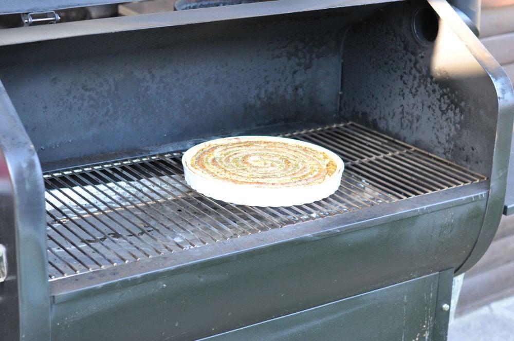 Wurstkuchen im Pelletgrill wurstkuchen-Wurstkuchen04-Herzhafter Wurstkuchen vom Grill