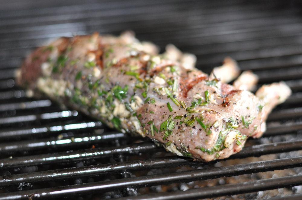 Lammrack lammkarree-Lammkarree03-Lammkarree mit geplanktem Kartoffelpüree und Speckbohnen