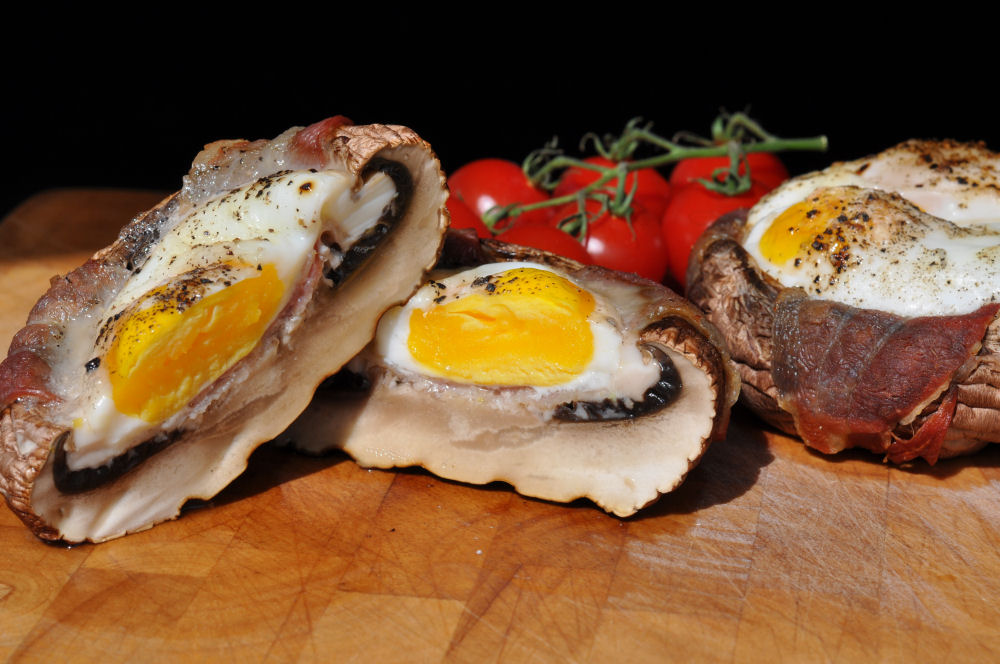 Portobello Champignons Portobello champignons-PortobelloChampignonsEi03-Portobello Champignons gefüllt mit Ei und Bacon