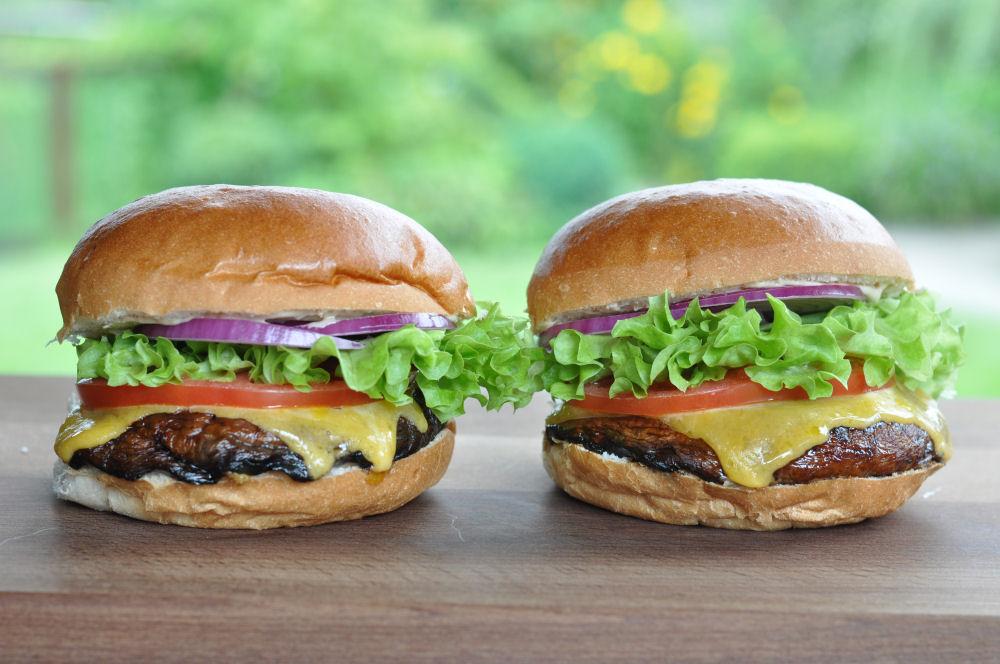 Portobello Mushroom Burger  Portobello Mushroom Burger-PortobelloMushroomBurger03-Portobello Mushroom Burger