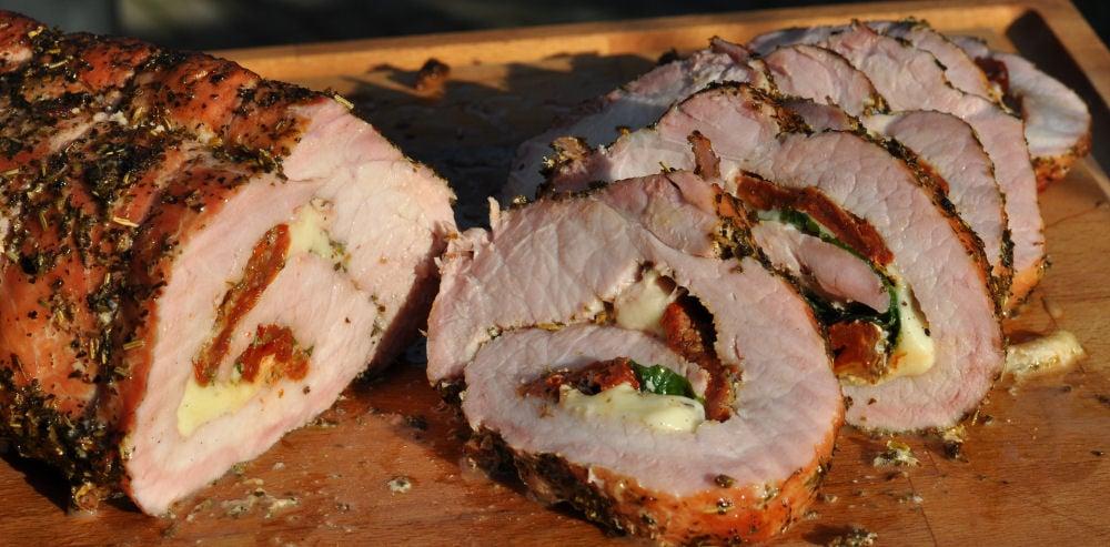 Schweinerücken Caprese schweinerücken caprese-ItalienischerSchweinerueckenCaprese06-Gefüllter Schweinerücken Caprese mit Tomate & Mozzarella