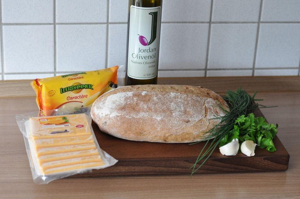 Käse-Zupfbrot käse-zupfbrot-KaseZupfbrot01-Käse-Zupfbrot – Partybrot mit Kräutern und Käse