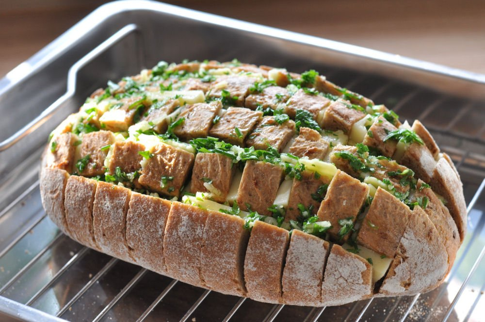 Käse-Zupfbrot käse-zupfbrot-KaseZupfbrot03-Käse-Zupfbrot – Partybrot mit Kräutern und Käse