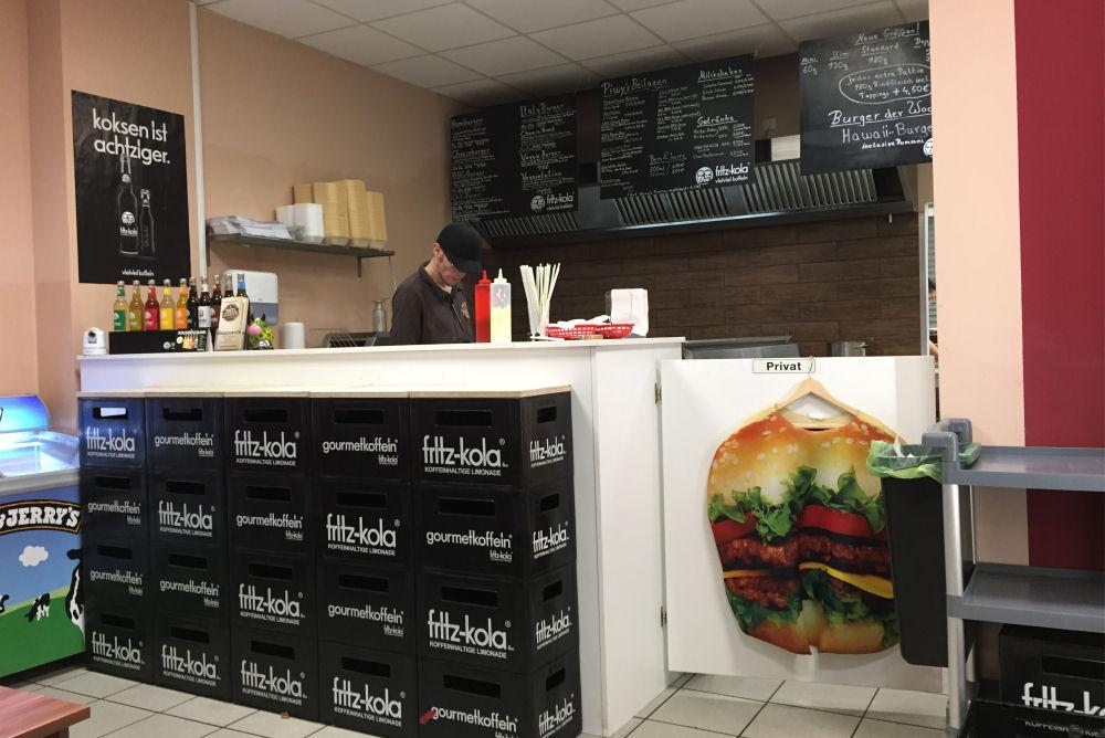 Piwy's Burger in Oberhausen Piwy's Burger-PiwysBurger03-Piwy's Burger in Oberhausen im BBQPit-Burgerbuden-Test Piwy's Burger-PiwysBurger03-Piwy's Burger in Oberhausen im BBQPit-Burgerbuden-Test