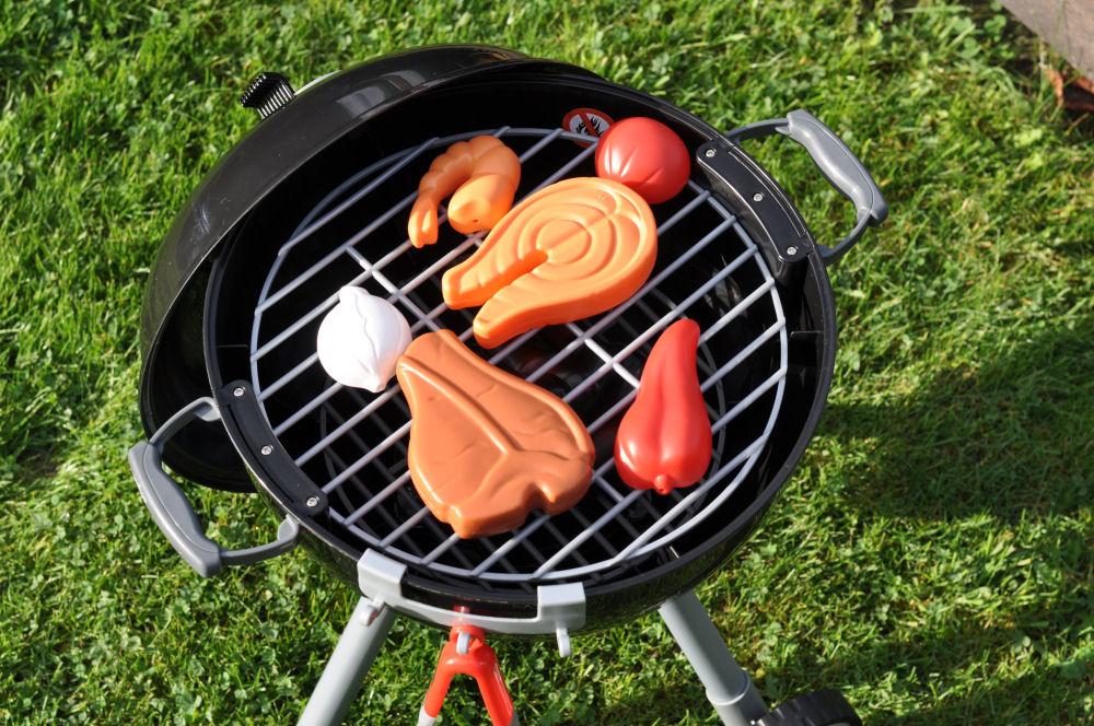 Weber Spielzeug-Grill Kindergrill weber spielzeug-grill-WeberKindergrill02-Weber Spielzeug-Grill – Der Kugelgrill für Kinder