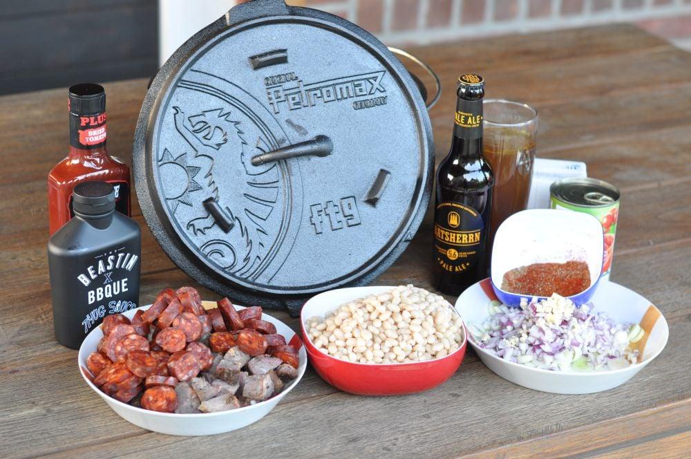 Chorizo-Brisket-Craftbier-Chili chorizo-brisket-craftbier-chili-ChorizoBriksetDopf01-Chorizo-Brisket-Craftbier-Chili aus dem Dutch Oven