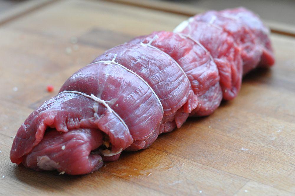 Flank Steak Pinwheels flank steak pinwheels-FlanksteakPinwheels04-Flank Steak Pinwheels mit Ziegenkäse, Walnüßen und Honig