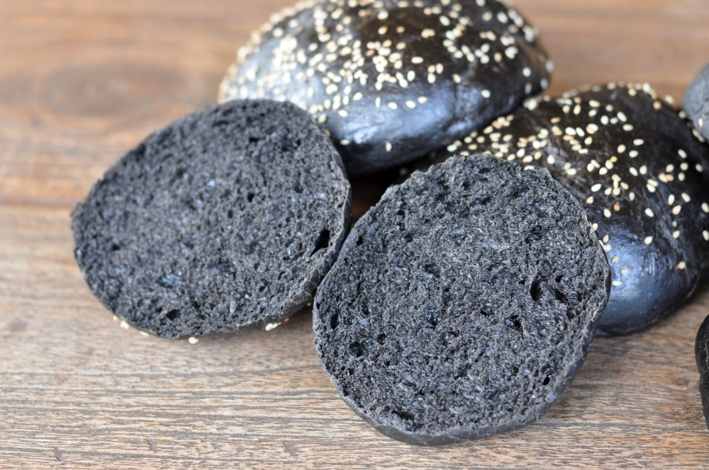Schwarze Hamburgerbrötchen schwarze hamburgerbrötchen-SchwarzeBuns04-Schwarze Hamburgerbrötchen – Black Burger Buns