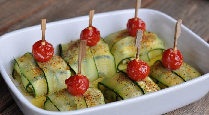 Zucchini-Fetapäckchen