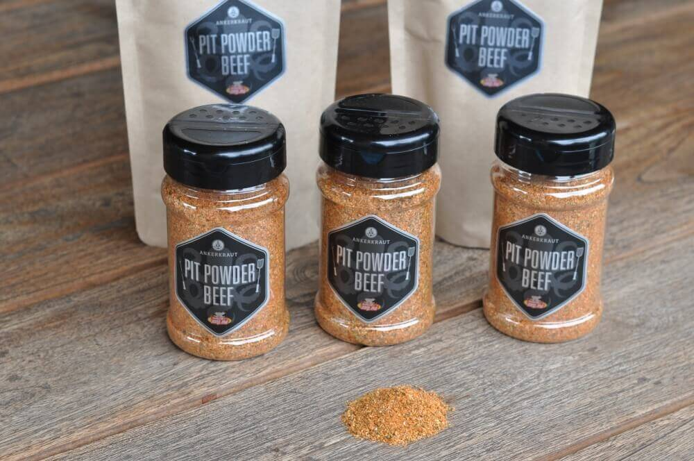 Pit Powder Beef pit powder beef-PitPowderBeef01-Pit Powder Beef – BBQ-Rub für Brisket & Beef Ribs