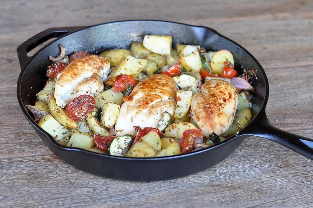 Mediterrane Hähnchenpfanne mediterrane hähnchenpfanne-MeditteraneHaehnchenpfanne04-Mediterrane Hähnchenpfanne mit Tomaten und Zucchini