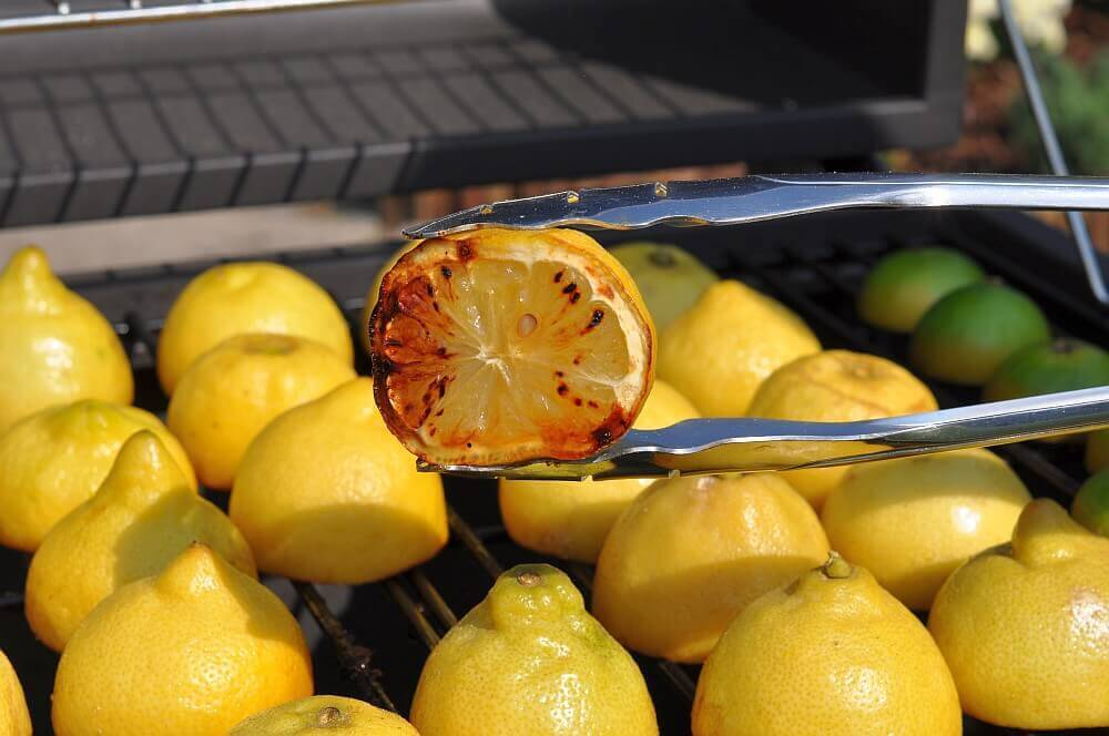 Grilled Lemonade grilled lemonade-GrilledLemonade04-Grilled Lemonade / Limonade mit gegrillten Zitronen