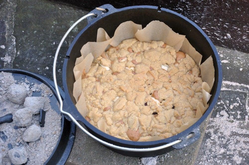 Apfelkuchen aus dem Dutch Oven apfelkuchen aus dem dutch oven-ApelkuchenDutchOven04-Apfelkuchen aus dem Dutch Oven