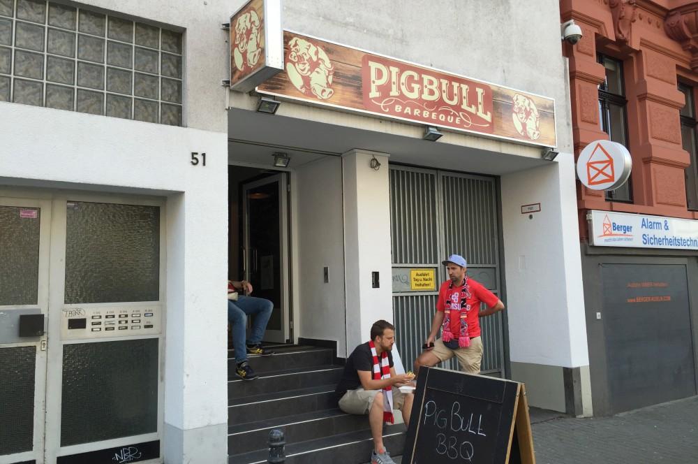 Pigbull BBQ pigbull bbq-PigBullBBQ07-PigBull BBQ – Kölns erster BBQ-Imbiss mit Pulled Pork und Beef Brisket