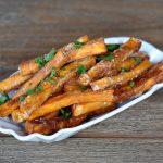 Knusprige Süßkartoffel-Pommes knusprige süßkartoffel-pommes-KnusprigeSuesskartofelpommes 150x150-Süßkartoffel pommes (knusprig) selber machen im Ofen