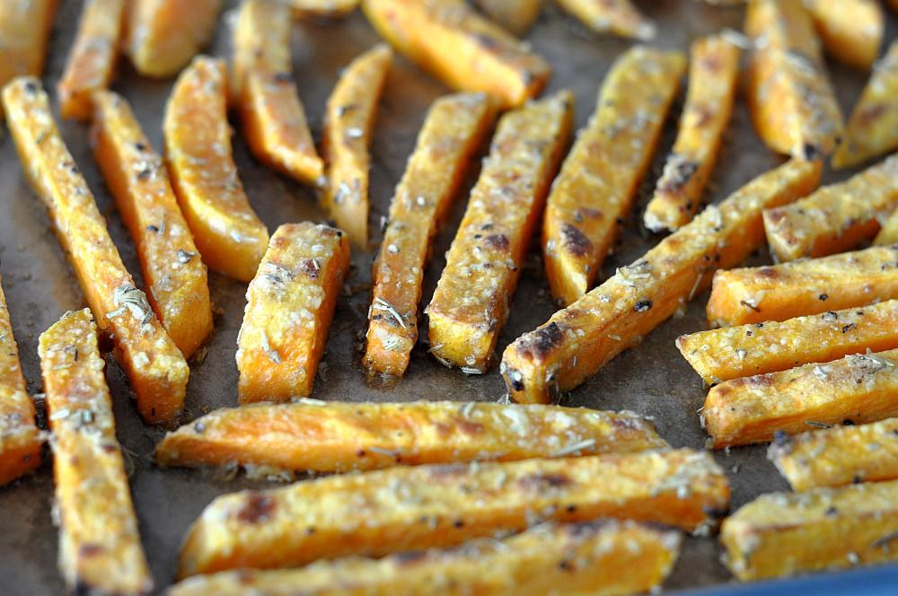 Knusprige Süßkartoffel Pommes So Gelingen Sie Perfekt Bbqpitde