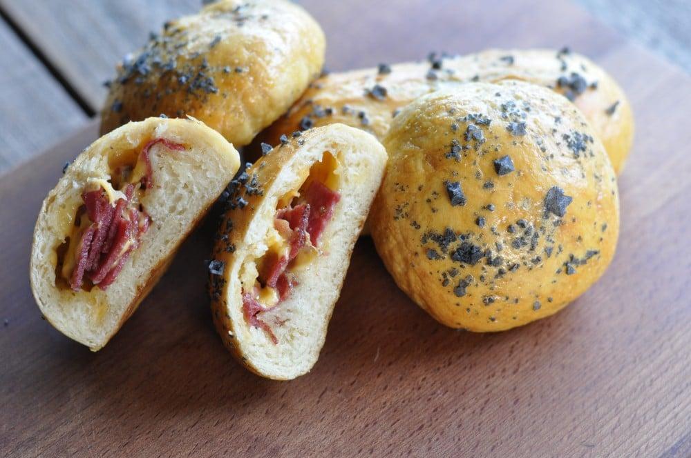 Pastrami Cheddar Pretzel Buns pastrami cheddar pretzel buns-PastramiCheddarPretzelBuns07-Pastrami Cheddar Pretzel Buns