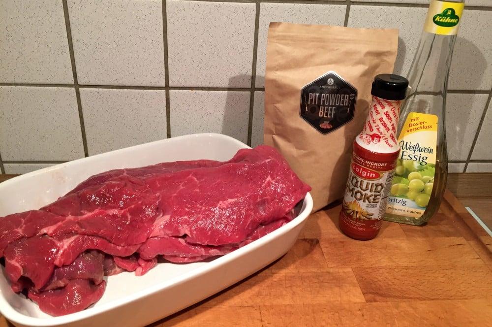 Pit Powder Beef Jerky pit powder beef jerky-PitPowderBeefJerky01-Pit Powder Beef Jerky – Trockenfleisch mit BBQ-Rub