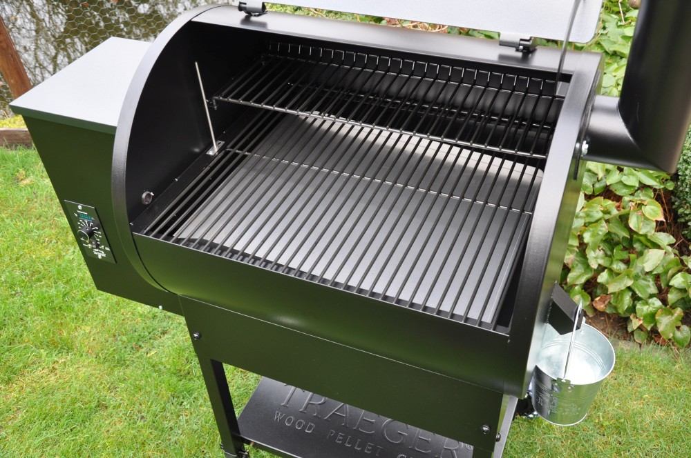 Traeger Lil'Tex Pro Pelletgrill traeger lil'tex pro pelletgrill-TraegerLilTexasProPelletgrill06-Der Traeger Lil'Tex Pro Pelletgrill im BBQPit-Test
