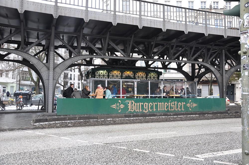 Burgermeister Berlin burgermeister-BurgermeisterBerlin01-Burgermeister – Berlins Kult-Burgerladen im BBQPit-Test