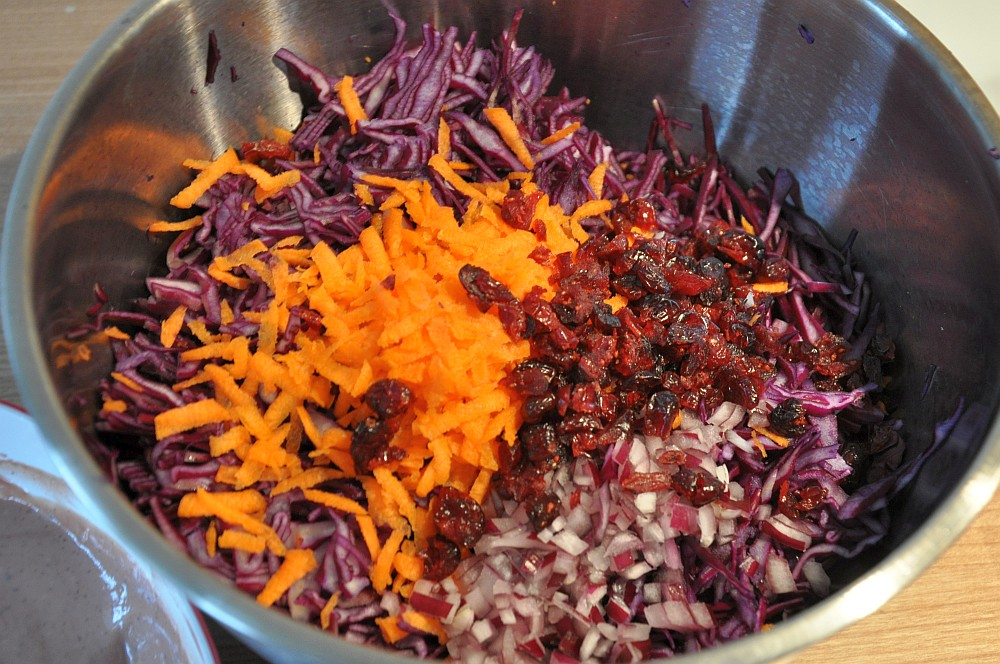 Rotkrautsalat mit Cranberries rotkohlsalat-Rotkohlsalat02-Fruchtiger Rotkohlsalat mit Cranberries – Red Cabbage Slaw