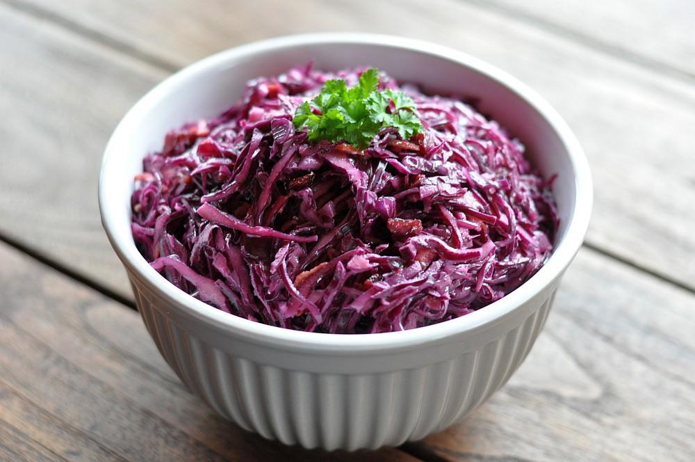 Rotkohlsalat mit Cranberries rotkohlsalat-Rotkohlsalat03-Fruchtiger Rotkohlsalat mit Cranberries – Red Cabbage Slaw