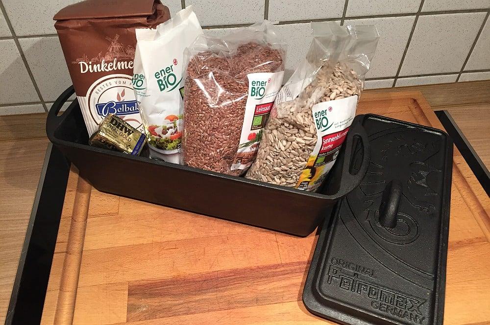 Zutaten für Vollkorn-Brot schnelles vollkornbrot-SchnellesVollkornbrot01-Schnelles Vollkornbrot innerhalb von einer Stunde!