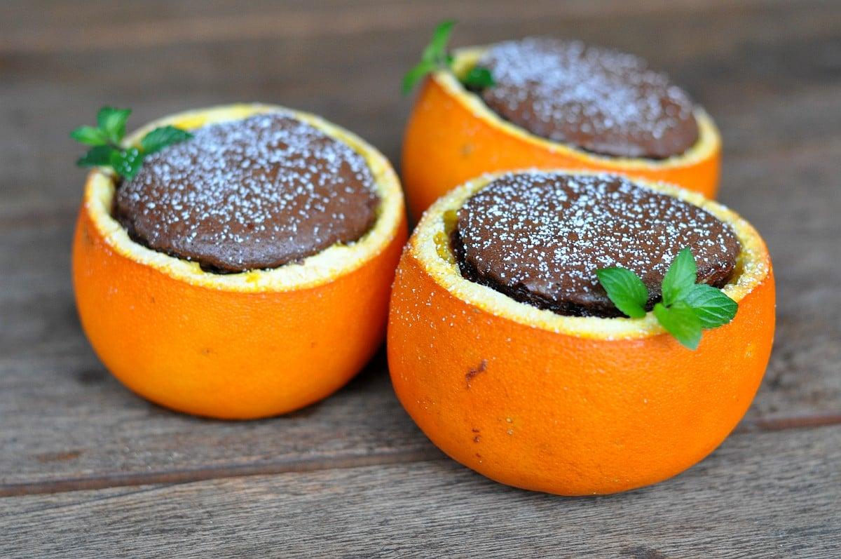 Schokoladenkuchen aus der Orangenschale schokoladenkuchen aus der orangenschale-SchokokucheninOrange-Schokoladenkuchen aus der Orangenschale