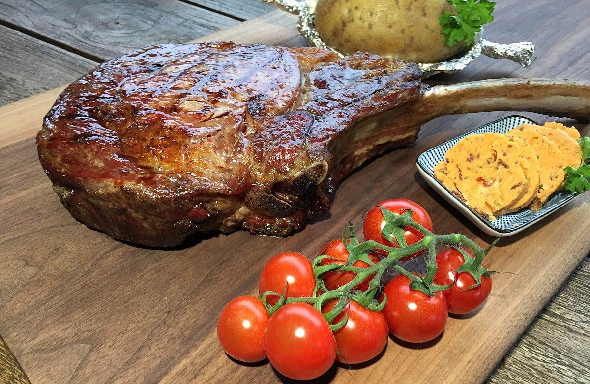 Weber Elektrogrill Steak : Tomahawk steak vom grill das männersteak bbqpit