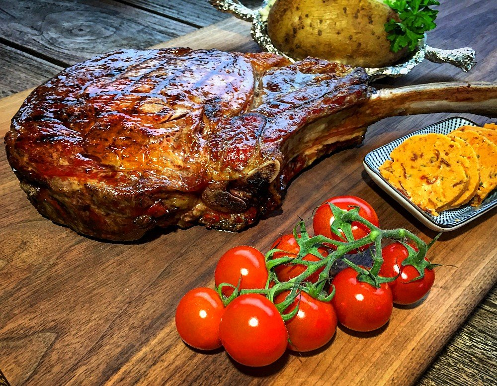 tomahawk steak-TomahawkSteakR-Tomahawk Steak vom Grill – das Männersteak