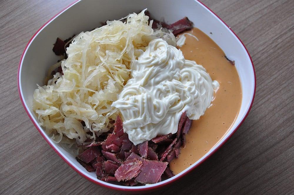 Reuben-Dip reuben-dip-ReubenDipPastrami03-Reuben-Dip mit Pastrami, Sauerkraut und Käse reuben-dip-ReubenDipPastrami03-Reuben-Dip mit Pastrami, Sauerkraut und Käse