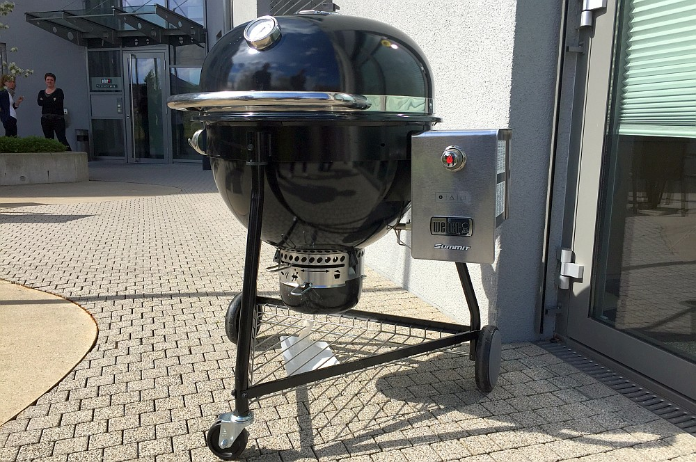 Weber Holzkohlegrill Bratwurst : Weber holzkohle original kettle cm santosgrills