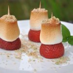 Gegrillte Erdbeeren marshmallow-erdbeeren-Gegrillte Marshmallow Erdbeeren 150x150-Marshmallow-Erdbeeren mit Minze, Zucker und Brausepulver